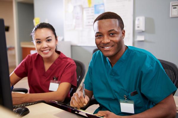 https://ggsc.berkeley.edu/images/uploads/Nurses_Practicing_Gratitude.jpeg